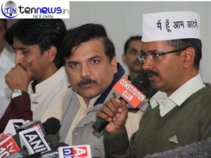 ARVIND KEJRIWAL AAM AADMI PARTY TAKES ON ANNA HAZARAE : DEMANDS FOR INQUIRY