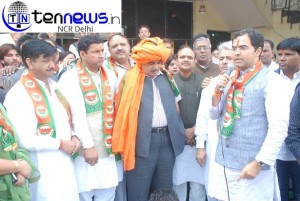Pravesh Verma files nomination for Mehrauli constituency
