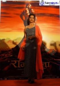 """Ranveer & Deepika promoted their film""""Ram-leela"""" in the Capital"""