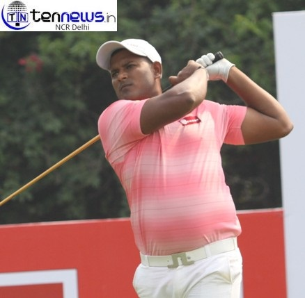 Thangaraja's 68 powers him to the top in round one