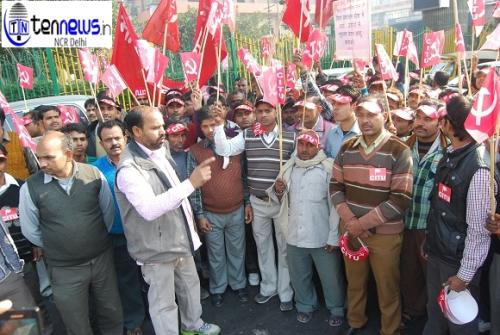 NOIDA WORKERS OF GOVERNMENT PSUs - PROTEST TO PRESS FOR DEMANDS