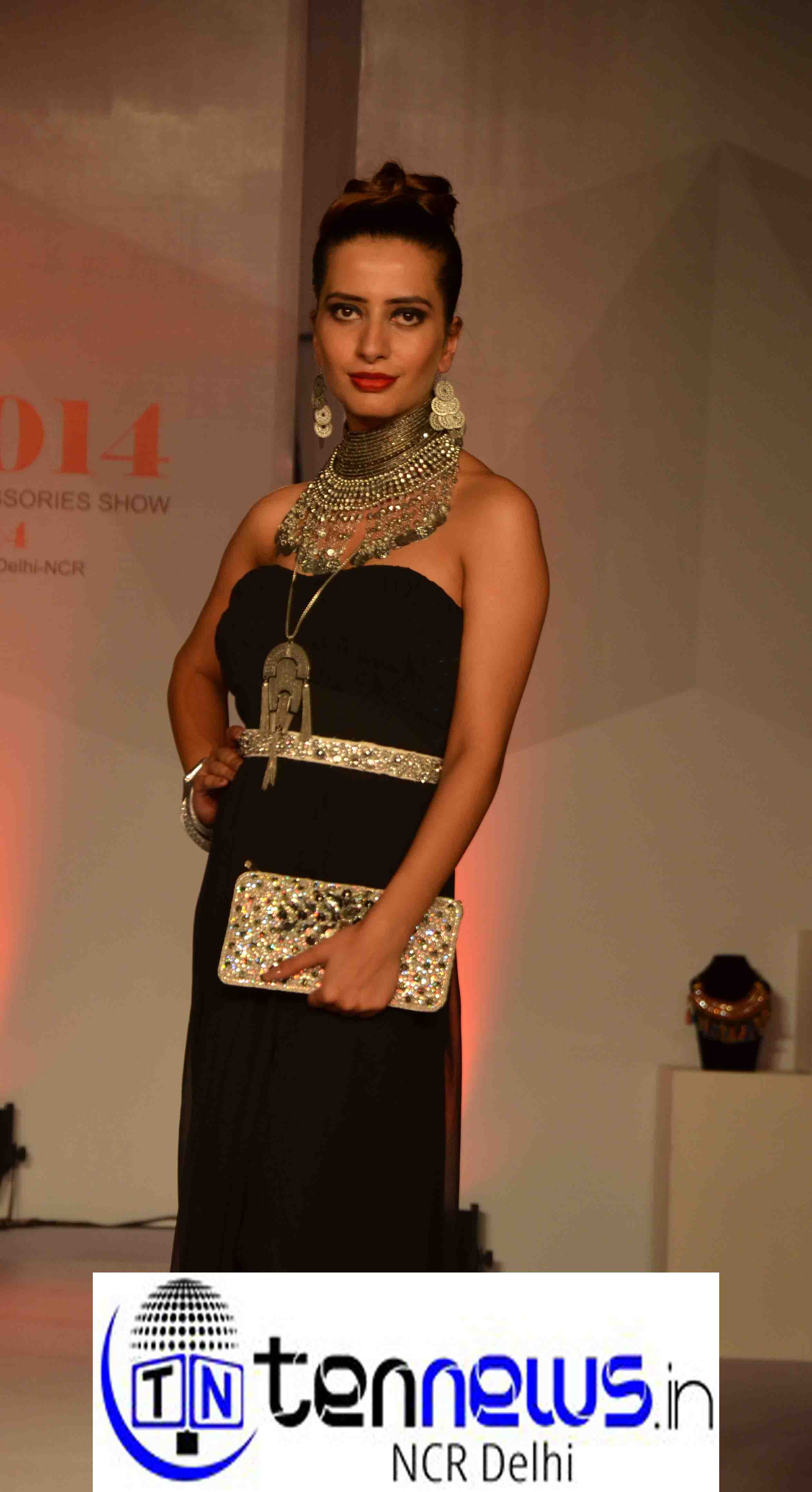 Asia fashion jewelry and accessories fair 7