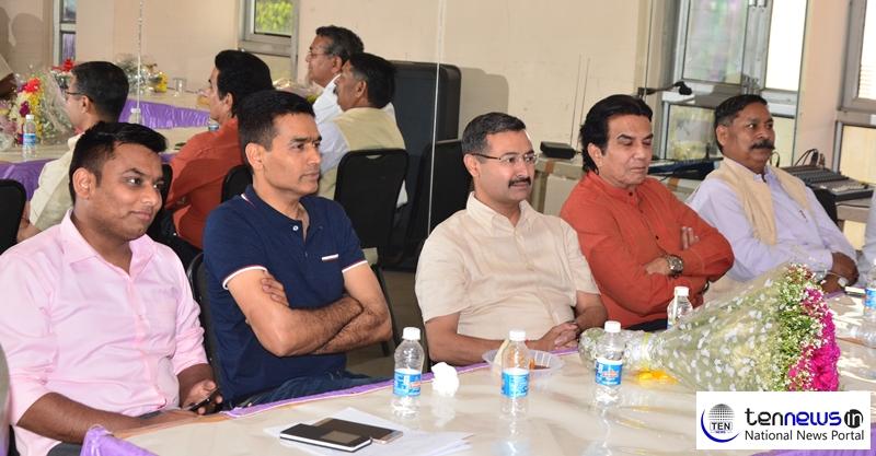 DIG Love Kumar Farewell Ceremony by Ten News Noida Whatsapp Group