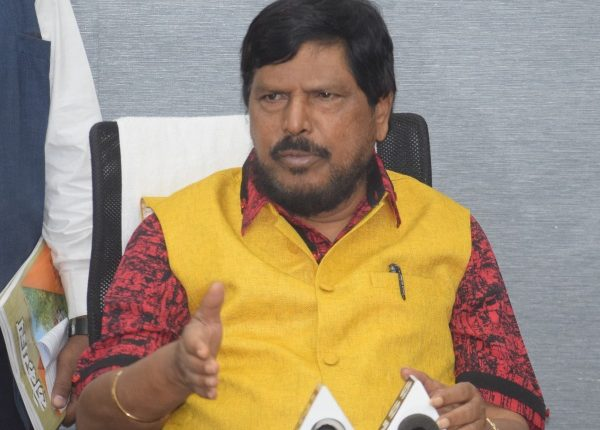 Ramdas Athawale holds Press Conference, derides Sharad Pawar's comments on Modi & BJP
