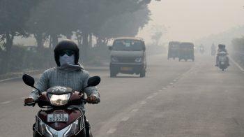 2018-11-05T090145Z_1_LYNXNPEEA40I5_RTROPTP_4_INDIA-POLLUTION-350×196
