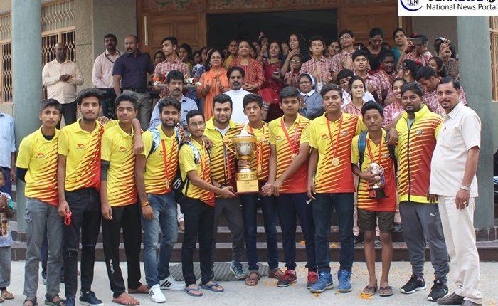 सेंट जोसफ स्कूल के 5 खिलाड़ियों ने सीएससीई नेशनल टी20 टूर्नामेंट जीतकर ग्रेटर नोएडा का नाम किया रौशन