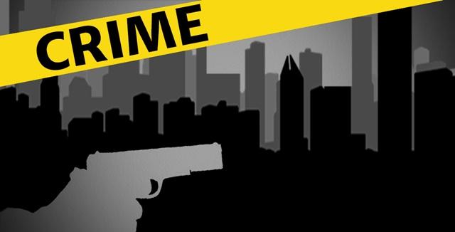 पुलिस एंकाउंटर में पच्चीस हज़ार का इनामी बदमाश अजीत और उसका साथी गोली लगने से घायल