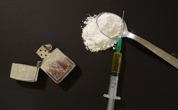 psn53hc8_drugs-heroin-generic-pixabay-650_625x300_15_November_18