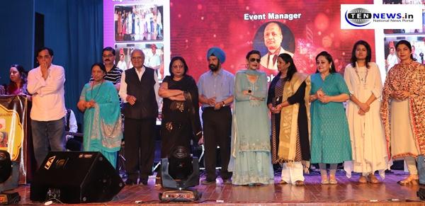 Jeevan ki Abhilasha singing program organized by BS Foundation in New Delhi