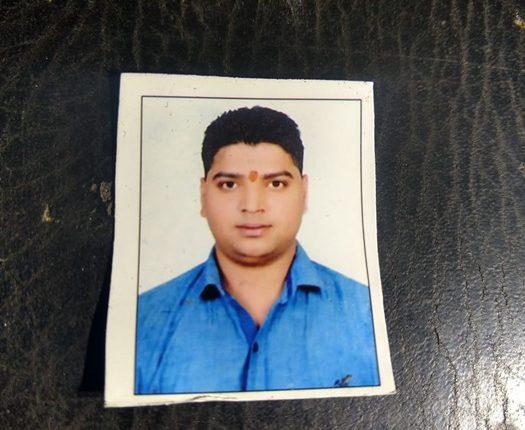 दिल्ली में बदमाशों ने व्यापारी को गोलियों से भूना , मौके पर हुई मौत , पुलिस जाँच में जुटी