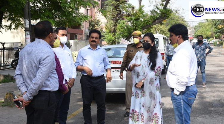 Noida Authority sanitizing the whole city as Noida has posted number of Corona positive cases
