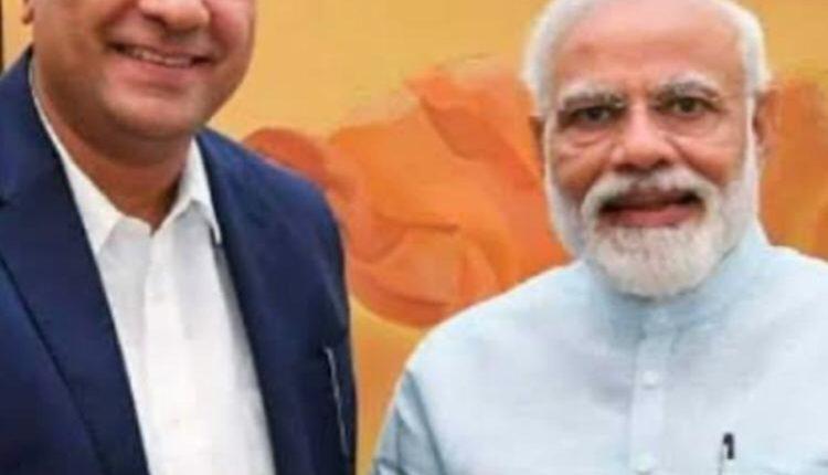 PM Narendra Modi speaks to Abhijit Pawar Sakal News Paper Group   Corona Lockdown