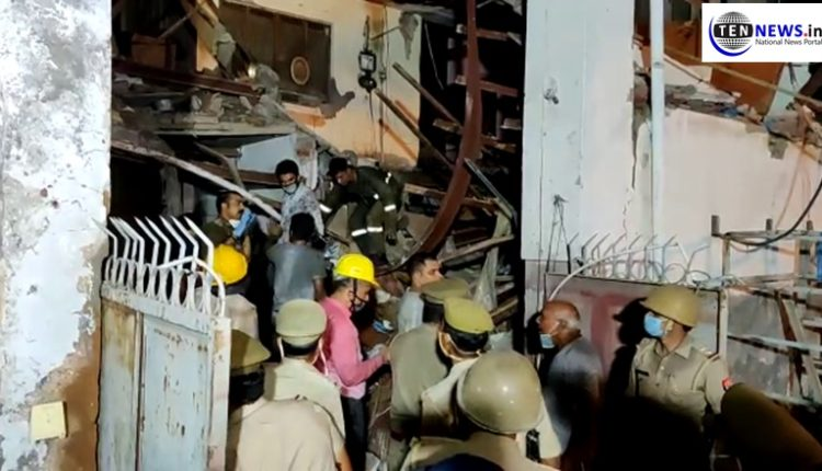 Multi-storey building in Noida sector 11 collapses, several feared trapped
