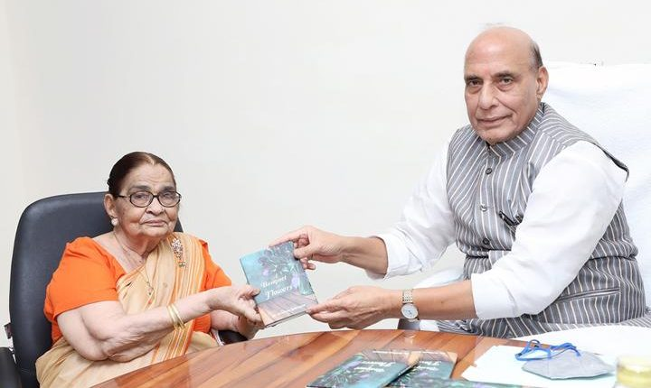 Pic 1 Dr Krishna Saksena and The Defence Minister of IndiaMr Rajnath Singh