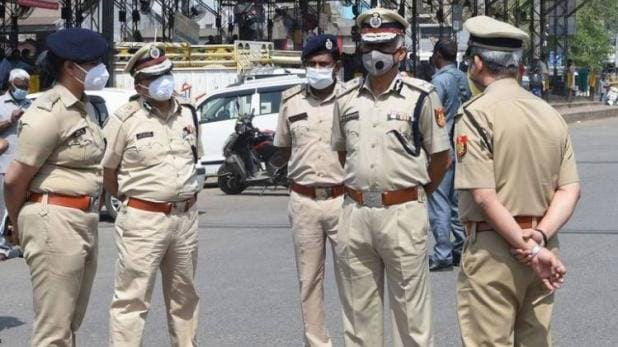 4-alleged-terrorists-arrested-by-delhi-police