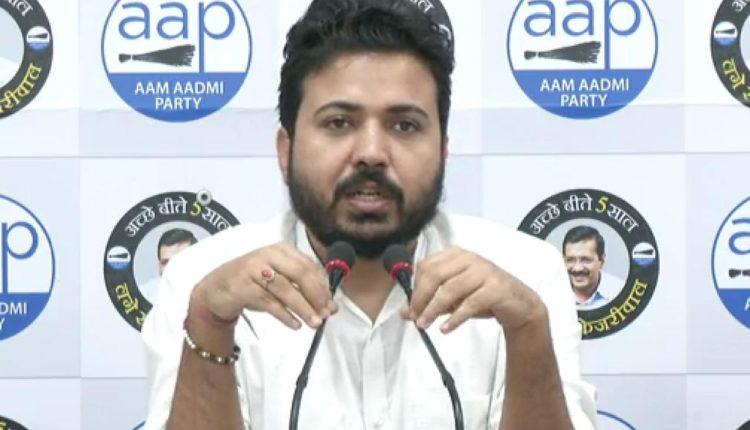 aap-leader-durgesh-pathak-accuses-mcd-of-being-heavily-corrupt