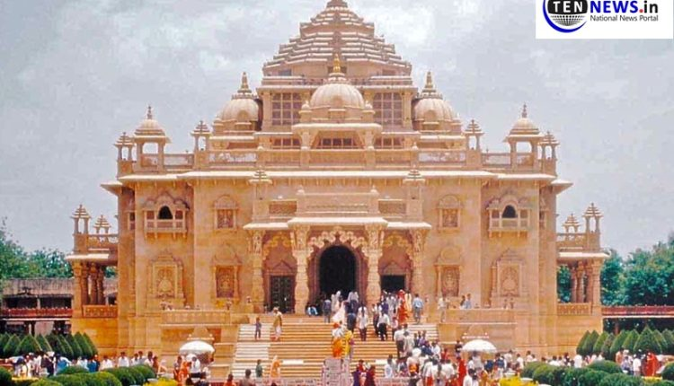 Akshardham-temple-to-reopen-on-13th-october