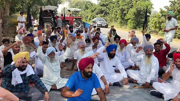 Farmers-to-stage-indifinite-strike-against-farm-acts