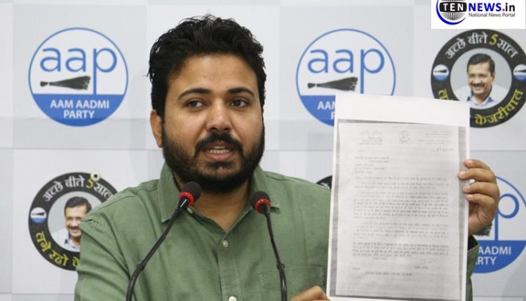 Delhi: BJP MCD accepted the corruption within MCD in a letter to JP Nadda, says AAP